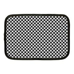 Black and White Checkerboard Weimaraner Netbook Case (Medium)