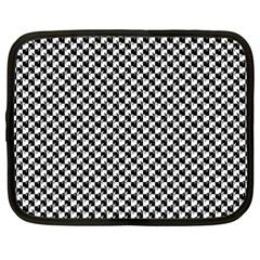 Black and White Checkerboard Weimaraner Netbook Case (XXL)