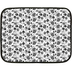 Roses pattern Double Sided Fleece Blanket (Mini)