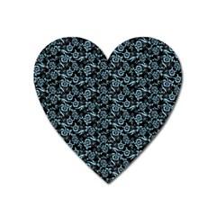 Roses pattern Heart Magnet