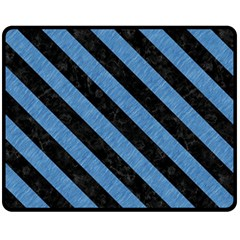 STR3 BK-MRBL BL-PNCL (R) Fleece Blanket (Medium)