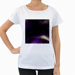 The Northern Lights Nature Women s Loose Fit T Shirt (white)