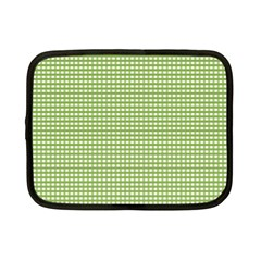 Gingham Check Plaid Fabric Pattern Netbook Case (small)