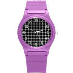 Black and white optical illusion dots and lines Round Plastic Sport Watch (S)