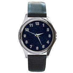 Scales2 Black Marble & Blue Grunge (r) Round Metal Watch