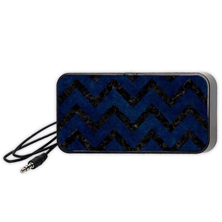 CHEVRON9 BLACK MARBLE & BLUE GRUNGE (R) Portable Speaker (Black)