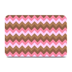Shades Of Pink And Brown Retro Zigzag Chevron Pattern Plate Mats