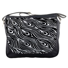 Digitally Created Peacock Feather Pattern In Black And White Messenger Bags