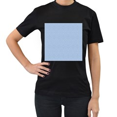 Seamless Lines Concentric Circles Trendy Color Heavenly Light Airy Blue Women s T Shirt (black)