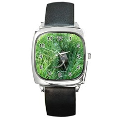 Weim In The Grass Square Metal Watch
