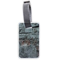 Concrete wall                        Luggage Tag (one side)