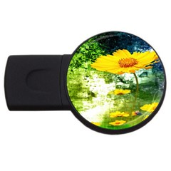 Yellow Flowers USB Flash Drive Round (1 GB)