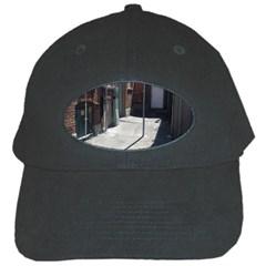 Alley Black Cap