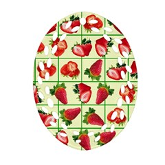 Strawberries Pattern Oval Filigree Ornament (Two Sides)