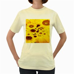 Beautiful Sunflowers Women s Yellow T-Shirt