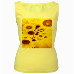 Beautiful Sunflowers Women s Yellow Tank Top
