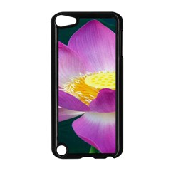 Pink Lotus Flower Apple iPod Touch 5 Case (Black)