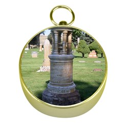 Headstone Pettigrew Gold Compasses