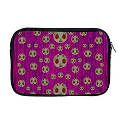 Ladybug In The Forest Of Fantasy Apple MacBook Pro 17  Zipper Case