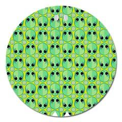 Alien Pattern Magnet 5  (Round)