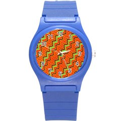 Orange Turquoise Red Zig Zag Background Round Plastic Sport Watch (S)