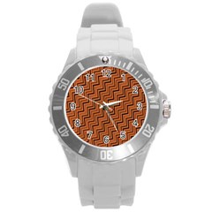 Brown Zig Zag Background Round Plastic Sport Watch (L)