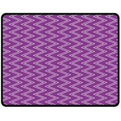 Zig Zag Background Purple Double Sided Fleece Blanket (Medium)