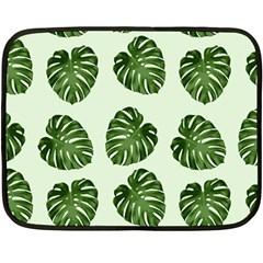 Leaf Pattern Seamless Background Fleece Blanket (mini)