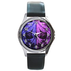 Beautiful Lilac Fractal Feathers of the Starling Round Metal Watch
