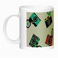 Old cameras pattern                        Night Luminous Mug
