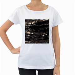 Lake Water Wave Mirroring Texture Women s Loose Fit T Shirt (white)