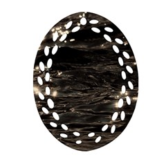 Lake Water Wave Mirroring Texture Ornament (Oval Filigree)