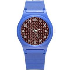 Chain Rusty Links Iron Metal Rust Round Plastic Sport Watch (S)