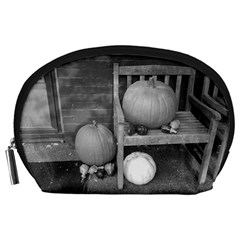 Pumpkind And Gourds Bw Accessory Pouches (Large)