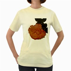 Poppys Last Rose Close Up Women s Yellow T-Shirt