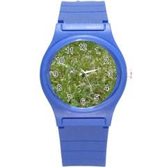 Pink Wildflowers Round Plastic Sport Watch (S)