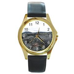 Pillow Lava Round Gold Metal Watch