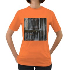Alpine Hut Almhof Old Wood Grain Women s Dark T-Shirt