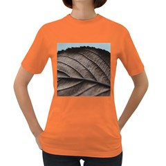 Leaf Veins Nerves Macro Closeup Women s Dark T-Shirt