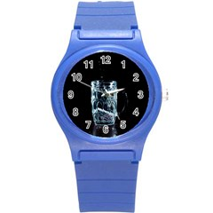 Glass Water Liquid Background Round Plastic Sport Watch (s)