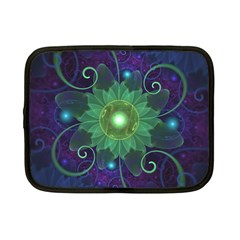 Glowing Blue-Green Fractal Lotus Lily Pad Pond Netbook Case (Small)