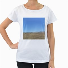 Bruneo Sand Dunes Women s Loose-Fit T-Shirt (White)