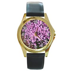 Butterfly On Purple Flowers Round Gold Metal Watch