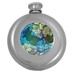 Fractal Formula Abstract Backdrop Round Hip Flask (5 oz)