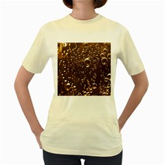 Festive Bubbles Sparkling Wine Champagne Golden Water Drops Women s Yellow T Shirt