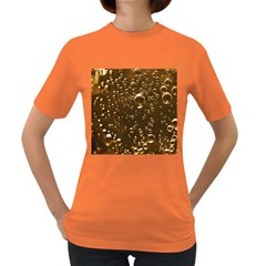 Festive Bubbles Sparkling Wine Champagne Golden Water Drops Women s Dark T Shirt