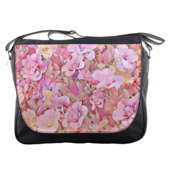 Lovely Floral 36a Messenger Bags