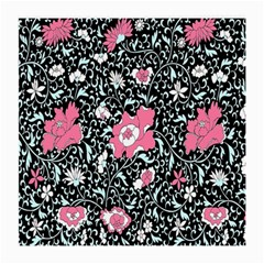 Oriental Style Floral Pattern Background Wallpaper Medium Glasses Cloth