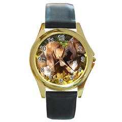 2 Bassets Round Gold Metal Watch