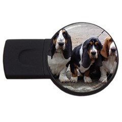 3 Basset Hound Puppies USB Flash Drive Round (1 GB)